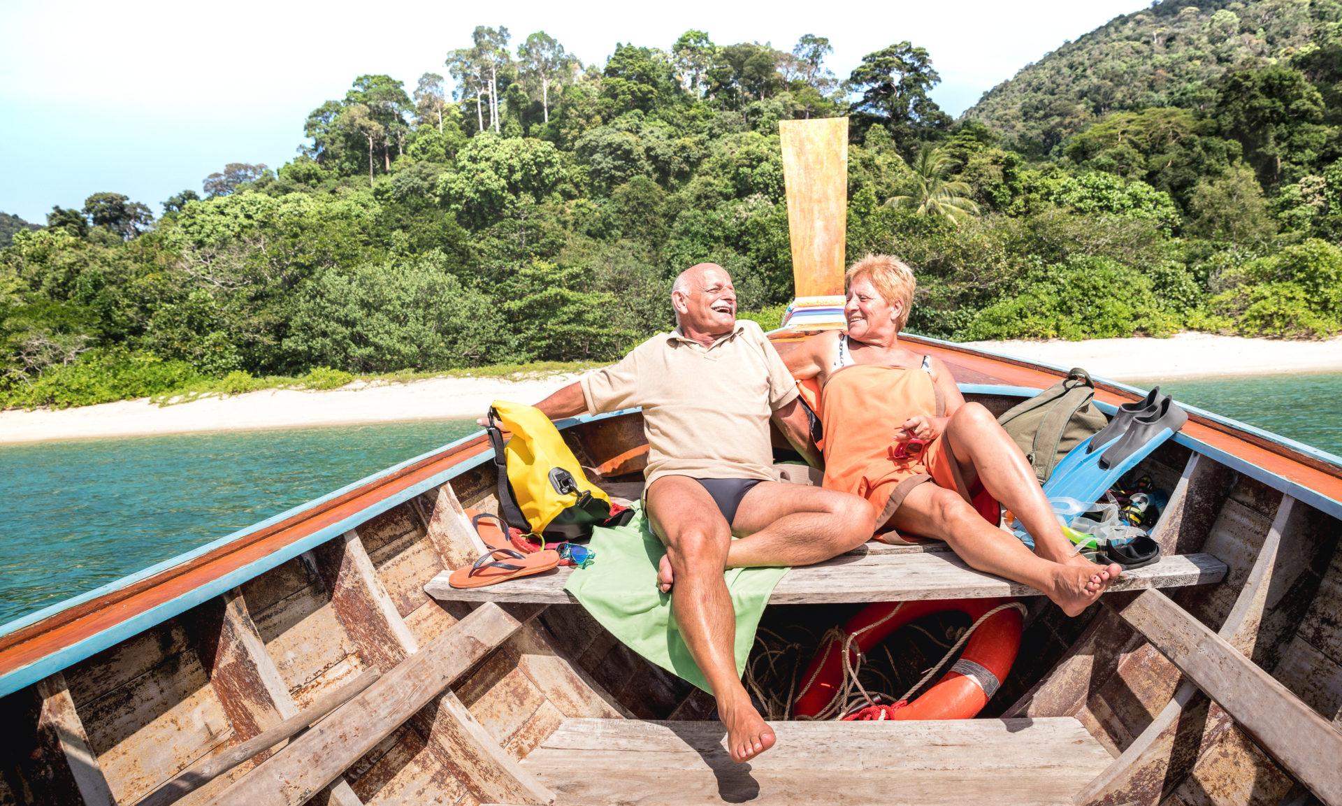 Seniors-sur-bateau-Thailande